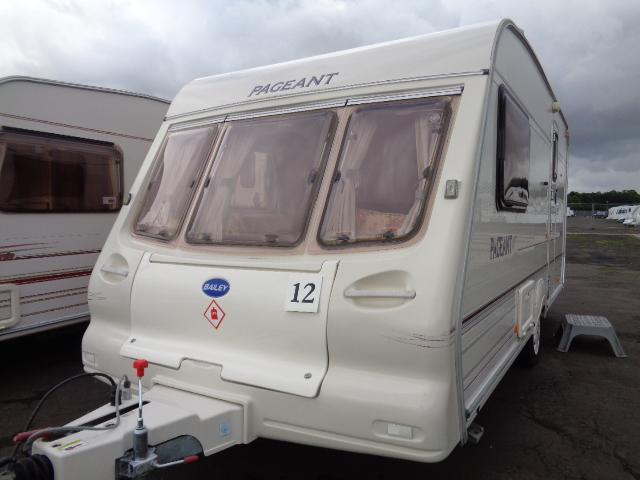 Caravan No. 12 – 2001 Bailey Pageant Imperial, 2 berth, £3,800