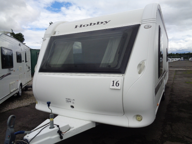 Caravan No. 16 – 2010 Hobby VIP 575, 4 berth, £10,900
