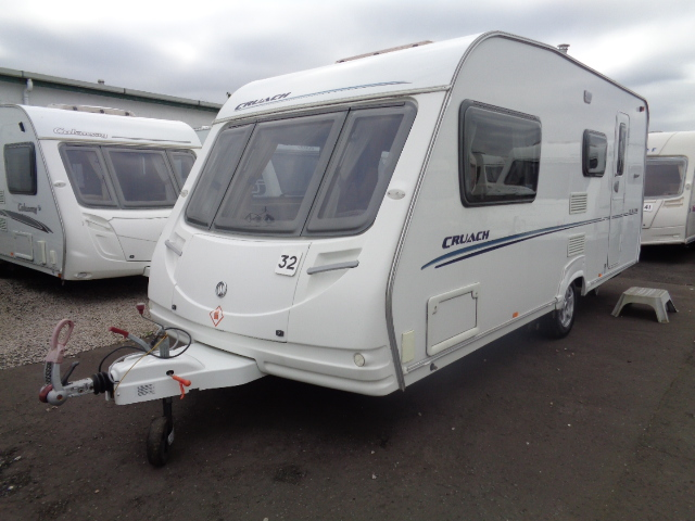 Caravan No. 32 – 2007 Sterling Cruach Cullin 520 T3A, 4 berth, £7,800