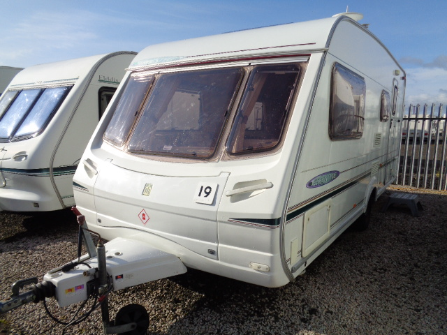 Caravan No. 19 – 2004 Abbey Freestyle 520, 4 berth, £6,700
