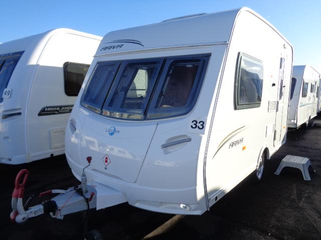 Caravan No. 33 – 2010 Lunar Ariva, 2 berth, £8,900