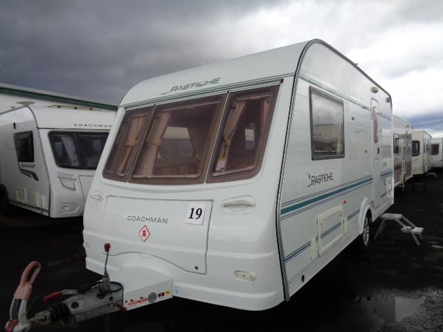 Caravan No. 19 – 2005 Coachman Pastiche 470/2, 2 berth, £5,900