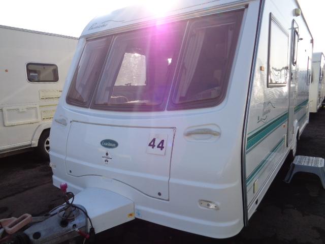 Caravan No. 44 – 2001 Coachman Pastiche 530/4, 4 berth, £3,900