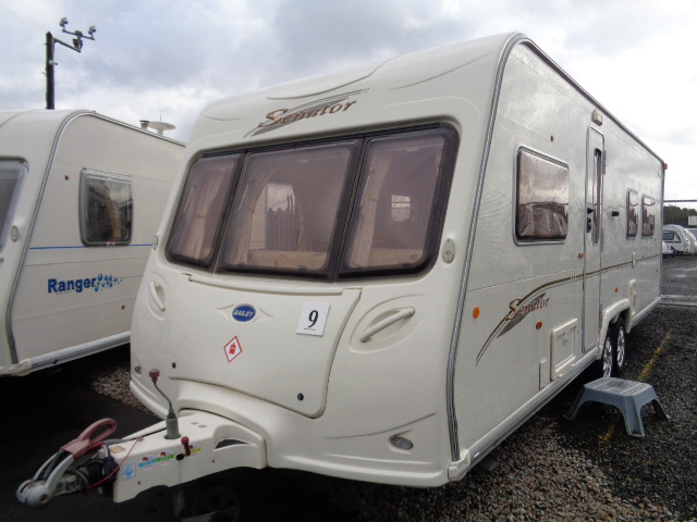 Caravan No. 09 – 2006 Bailey Senator Louisiana T/A, 4 berth, £8,500