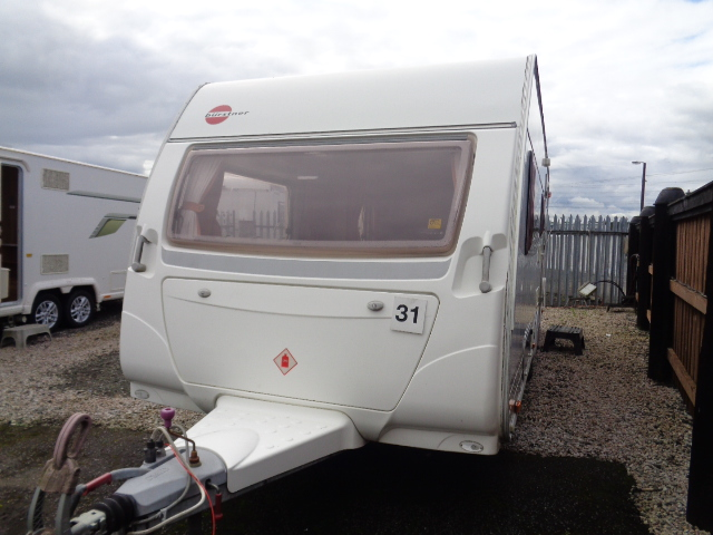 Caravan No. 31 – 2004 Burstner 500E, 4 berth, £7,700