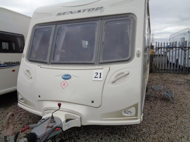Caravan No. 21 – 2009 Bailey Senator Series 6 Indiana, 4 berth, £12,900